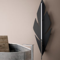 Feather radiator black