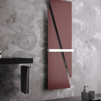 Triade radiator red